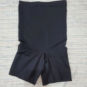 🍁2 for $35🍁Spanx tummy control and butt lifting